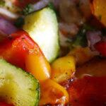 Czy jeść więcej surowych, czy gotowanych produktów?